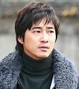 ヒョン・ジソク