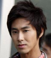 チョン・ユノ